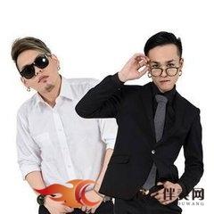 Under Lover - 爱你不是我的【192K】伴奏【首发】.mp3